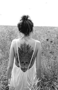 Love the tattoo on her! Very Boho Punk!