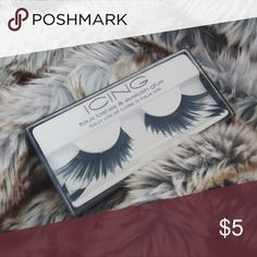🆕 Dramatic Feathered Costume Falsies 🆕 Dramatic Feathered Falsies. Distributed by ICING. These plush, angled lashes are sprinkled with feather details that are sure to bring drama to your look. NEVER OPENED ⚠️ These lashes were purchased for a photo shoot several years ago. I would recommend using your own lash glue. such as Duo Lash Glue; the black glue does a fabulous job hiding the lash band against bold liner. These lashes were in storage in a pet-free, smoke-free, dust free…