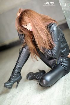 Lady in Leather pants and jacket  high heel boots and latex #highheelbootsoutfit