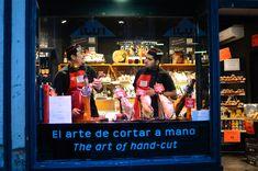 Barcelona Photoblog: The Art of Carving Spanish Ham Shopping In Barcelona, Barcelona Food, Barcelona Restaurants, Barcelona Spain, Spanish Cuisine, Spanish Food, New Years Eve 2017, Thick Fat, Serrano Ham