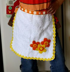 Washcloth Apron...maybe a quilt type with 4 different cloths?  Hum...