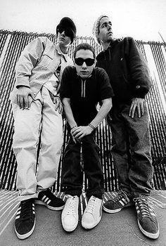 On se souvient qu'Adam Yauch des Beastie Boys avait annoncé lui même il y a dix huit mois qu'il était atteint d'un cancer. Il vient de donner des nouvelles ...