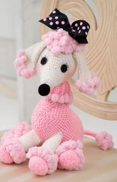 Amigurumi poodle - free crochet pattern - how cute is that?!