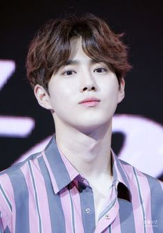 Suho - 170610 Skechers Sweet Monster K-Pop Dance Competition 2017  Credit: Snowflake Boy.