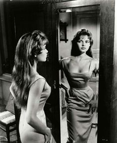 Great neckline for a wiggle dress, Bridget Bardot Bridget Bardot, Brigitte Bardot, Hollywood Glamour, Classic Hollywood, Old Hollywood, Hollywood Fashion, Hollywood Actresses, Look Vintage, Vintage Beauty