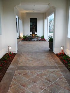 Stained concrete: Though this outdoor walkway appears to be slate tile, it is actually simple concrete that has been stained with chemicals. The process gives it the overall look of patterned slate. Slate Patio, Patio Tiles, Concrete Patio, Concrete Floors, Stained Concrete, Balcony Tiles, Balcony Deck, Cement, Outdoor Flooring Options