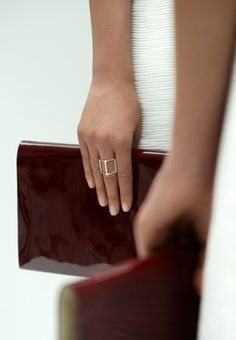 Style: Minimal + Classic: Cut out ring COS Collection