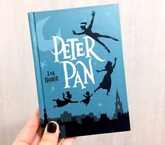 Peter Pan Jm Barrie, Peter Pan Book, J M Barrie, Books To Buy, I Love Books, Books To Read, My Books, Forever Book, Turu