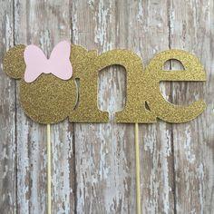 Minnie Mouse cumpleaños torta de cumpleaños por MerryMakersPapier