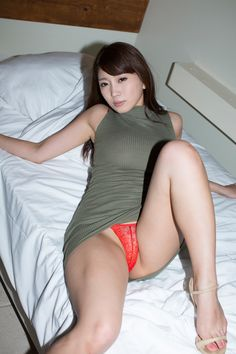 peek Cute asian girls panty