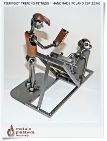 Metalowa Figurka Instruktor Fitness Metaloplastyka Ruschke