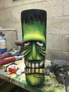 Tiki Frankenstein.. Dremel Wood Carving, Wood Carving Art, Wood Art, Wood Carvings, Tiki Maske, Tiki Tattoo, Tiki Head, Tiki Statues, Tiki Totem
