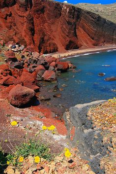 Red Beach in Santorini island, Cyclades_ Greece Red Beach Santorini, Santorini Island, Santorini Greece Beaches, Akrotiri Santorini, Mykonos Greece, Crete Greece, Athens Greece, Places To Travel, Places To Visit
