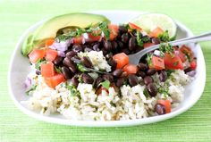 Vegetarian Mexican Rice Bowl | If you don't feel like going vegetarian, you can easily add some chicken or beef to this. So yummy!