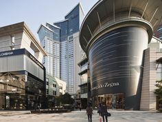 "City Crossing in Shenzhen was designed as a ""flagship"" international mixed-use project that the developer could use to model similar developments throughout Mall Facade, Retail Facade, Shop Facade, Retail Architecture, Minimal Architecture, Architecture Visualization, Commercial Complex, Commercial Street, Future Buildings"