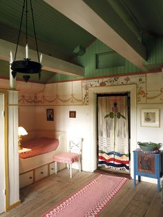 Lilla Hyttnas, the Carl Larsson home in Sundborn... and this is Karin's room
