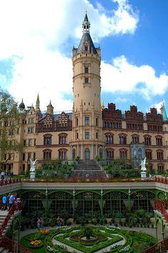 Schwerin Castle, Schwerin, Germany #travel# #germany#