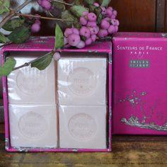 toile-de-jouy-4-savons-cubes-roses Parfum Rose, Cubes, Soap, Art, Lily Of The Valley, Toile, Soaps, Dice, Kunst