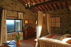Bed and breakfast in #Chianti: Antico Podere Marciano  http://www.poderemarciano.it/