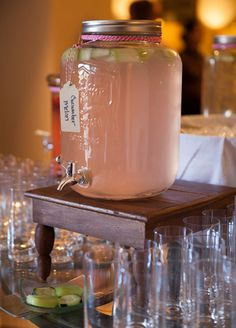 11 Ideas to Steal from Cocktail Drinks, Fun Drinks, Beverages, Italian Wedding Themes, Buffet Set Up, Rock Shower, Colorful Cocktails, Reception Food, Fresh Market