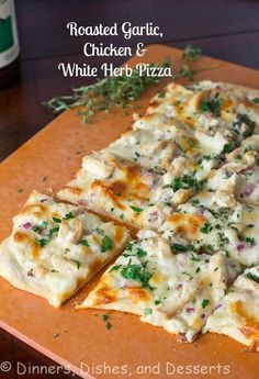 Roasted Garlic, Chicken and Herb White Pizza - a lightened up white chicken pizza with tons of flavor! Dinner Dishes, Main Dishes, Dinner Recipes, White Chicken Pizza, Chicken Pizza Recipes, Chicken Pesto Pizza, Flatbread Pizza Recipes, Chicken Flatbread, Tuscan Chicken Pizza Recipe