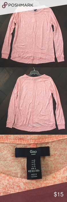 NWT GAP Long Sleeve Top NWT GAP Factory Long Sleeve Top.  Loose Fit.  Size Small.  Red/Pink Heather color.  Never worn.  🚫 No trades ⚡️Fast Shipping GAP Tops Tees - Long Sleeve