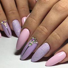 How to choose your fake nails? - My Nails Stylish Nails, Trendy Nails, Cute Nails, Almond Acrylic Nails, Best Acrylic Nails, Hair And Nails, My Nails, Artificial Nails, Purple Nails