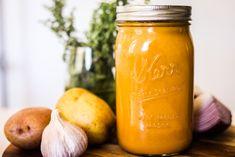 Vegan Cheese Recipes, Vegan Cheese Sauce, Vegan Sauces, Vegan Dishes, Vegetarian Recipes, Plant Based Whole Foods, Plant Based Eating, Plant Based Recipes, Nachos