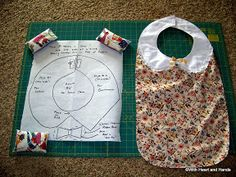 Michele Bilyeu Creates *With Heart and Hands*: Making an Adult Bib Sewing Crafts, Sewing Projects, Projects To Try, Sewing Ideas, Craft Projects, Craft Ideas, Bib Pattern, Free Pattern, Homemade Bows