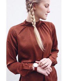 Vi har virkelig forelsket oss i denne vakre blusen fra Second Female! For en nydelig farge✨✨