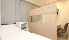 CONSULTÓRIO DERMATOLOGIA - Com 1 sala de consulta/procedimento, 1 sala de consulta, espera, copa e WC. Área: 36m².