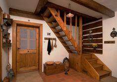 Statek - interiéry :: NOVÁKŮV STATEK 1788 Getaway Cabins, Traditional House, Cabana, Entryway, Sweet Home, Farmhouse, Cottage, Interior Design, Architecture