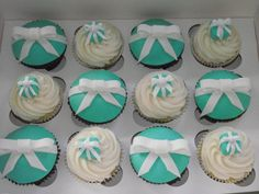 Beach House Bakery - Cupcakes Bristol & Bath - Tiffany cupcakes