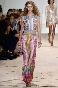 Sfilata Diane von Furstenberg New York - Collezioni Primavera Estate 2016 - Vogue