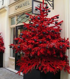 chanel christmas red