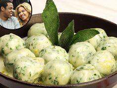 Scarpetta Chef Scott Conant Shares His Spinach-Ricotta Gnudi Recipe - Celebrity Diners Club, Beyonce Knowles, Britney Spears, Jay-Z, Kim Kardashian, Rihanna : People.com