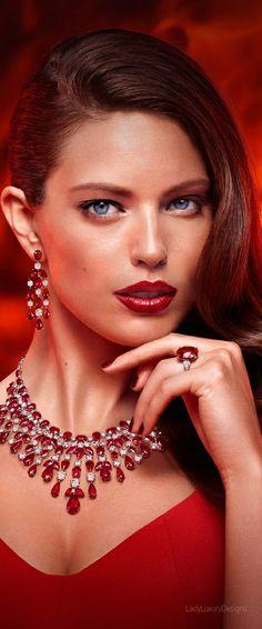 Glamour & Gloss Fashion : Photo