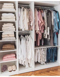 closet layout 297167275415807960 - 39 trendy master bedroom closet ideas layout walk in shelves Source by Katasolice Bedroom Closet Design, Master Bedroom Closet, Wardrobe Design, Closet Designs, Entryway Closet, Master Bedrooms, Bedroom Wardrobe, Bedroom Closets, Wardrobe Furniture