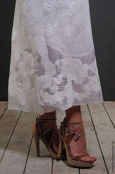 """Платья ручной работы. Ярмарка Мастеров - ручная работа. Купить Валяное платье сарафан """"Нежность"""". Handmade. Валяное платье, белый"""