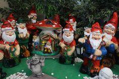 Kuva: KivaaTekemistä.fi Ronald Mcdonald, Christmas Ornaments, Holiday Decor, Fictional Characters, Home Decor, Art, Art Background, Decoration Home, Room Decor