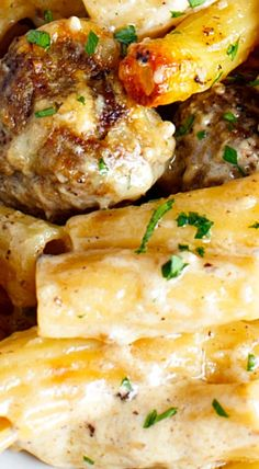 The ultimate comfort food; this creamy Swedish meatball pasta bake is full of hearty meatballs, cheese, and creamy goodness! ❊