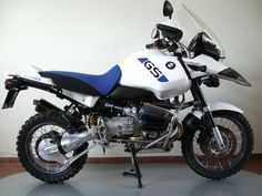 Images gallery of BMW ADVENTURE. Image and navigation by next or previous images. Gs 1200 Adventure, Off Road Adventure, Motorcycle Adventure, Bmw Motorbikes, Bmw Motorcycles, Bmw R1100gs, Bike Bmw, Motorcycle Luggage, Bmw Boxer