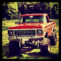 F100.. he's been wantin one of these for a while! Hmmmm