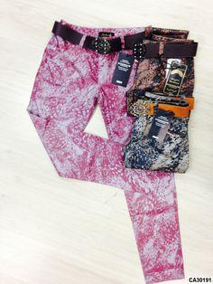 calça feminina estampada com cinto índigo resinado #moda #estilo #nimbus