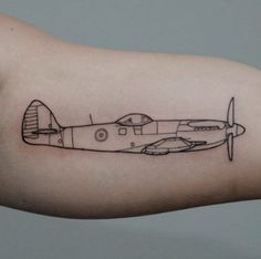 30 Amazing Airplane Tattoos For People Who Love To Travel - TattooBlend Forearm Tattoos, Body Art Tattoos, Girl Tattoos, Tattoos For Women, Tatoos, Spitfire Tattoo, Mustang Tattoo, Titanic Tattoo, Aviation Tattoo