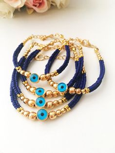 Every shoe-lover needs to possess this bracelet. The bracelet is about 7 inches in length and 5 shoe charms hang from the oval links of bracelet. Cute Jewelry, Beaded Jewelry, Handmade Jewelry, Women Jewelry, Handmade Bracelets, Jewelry Necklaces, Evil Eye Jewelry, Evil Eye Bracelet, Turquoise Beads