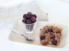 Bakad gröt med körsbär, aprikos och vanilj – Vego Inspira Vanilj, Vegetarian Recipes, Cereal, Oatmeal, Vegan, Breakfast, Food, Veg Recipes, The Oatmeal