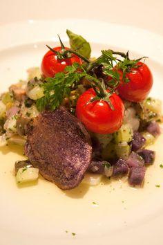 Gestoomde kabeljauw op warme salade