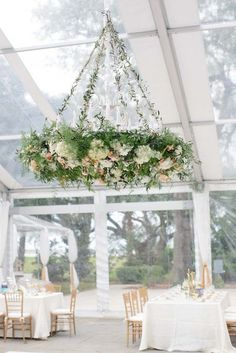 You Have To See This Trend If You Are Planning A Garden Wedding Flower chandeliers have been rising in popularity over the last couple of years. Here are all the reasons we are loving the flower chandeliers trend. Simple Weddings, Real Weddings, Wedding Simple, Classic Wedding Decor, Lustre Floral, Floral Wedding, Wedding Flowers, Wedding Greenery, Yellow Wedding