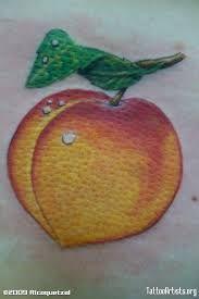 Peach tattoo for my peachy bum Body Art Tattoos, I Tattoo, Cool Tattoos, Tatoos, Peach Tattoo, Elegant Tattoos, Skin Art, Tattoo Inspiration, Tatting